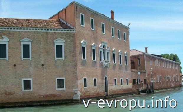 Можно ли увидеть Венецию за 3 часа между  стыковочными рейсами в аэропорту Марко Поло?