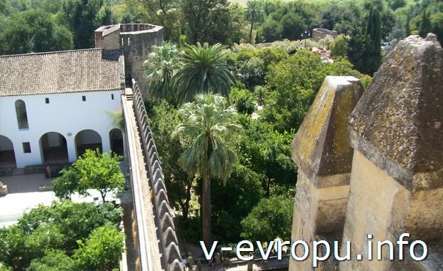 Замок в Кордова (Испания)