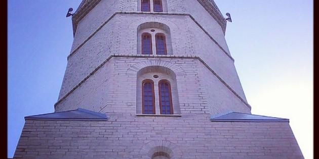 Александровская церковь и Воскресенский собор в Нарве