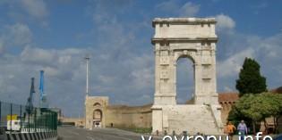 Арка Траяна (Arco di Traiano) в Анконе