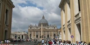 Фото с Воскресной проповеди Папы в Ватикане