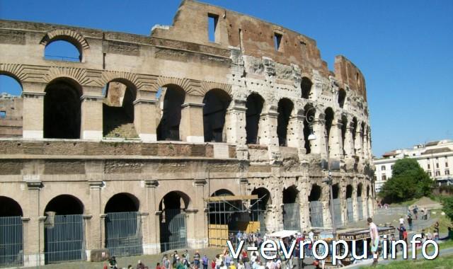 Рим для туристов: самые популярные районы города - район Колизея