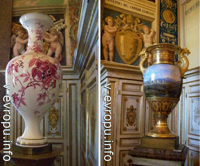 Вазы - эскпонаты в музее Ватикана