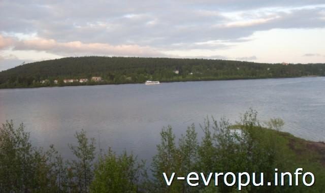 Велопутешествие по Финляндии.  Встреча с пакистанцем. Судоходная река в Рованиеми.