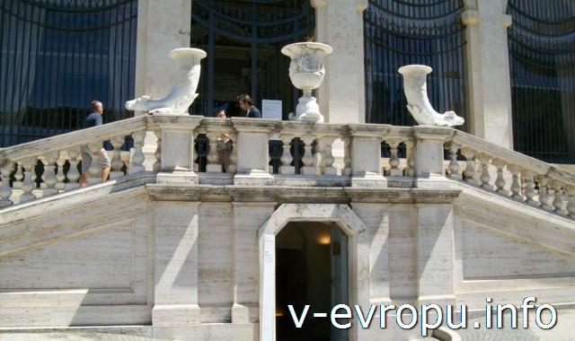 Вход в Галерею Боргезе в Риме