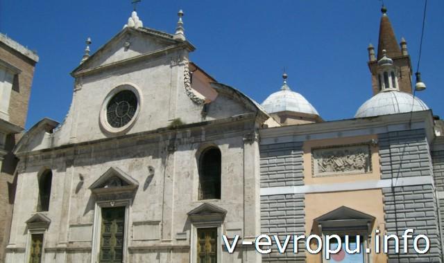 Фасад церкви Санта Мария дель Пополо