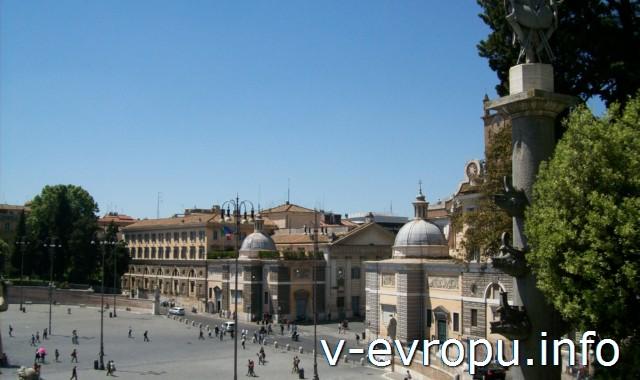 Пьяцца дель Пополо в Риме с высоты холма Пинчо. (справа виднеется Церковь Святой Марии дель Пополо)