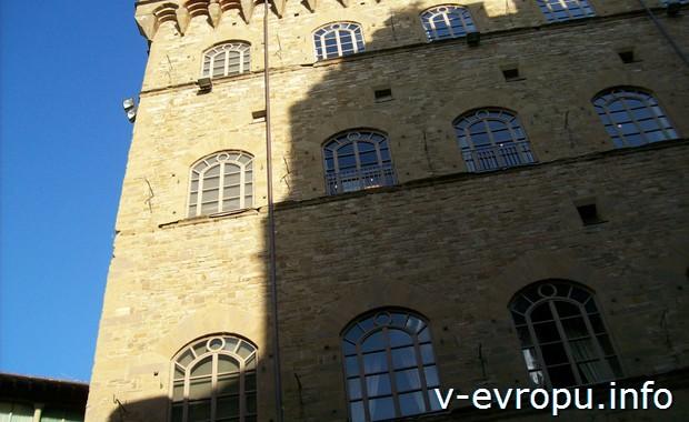 Палаццо в центре Флоренции