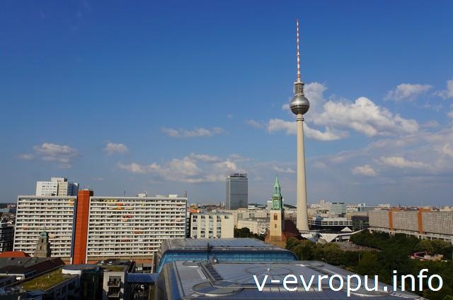 Берлинский кафедральный собор вид на телебашню