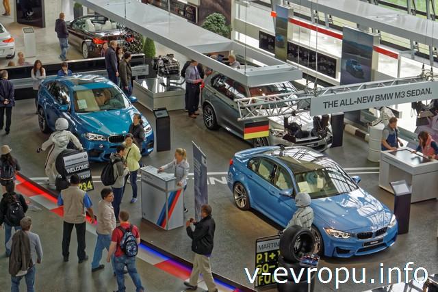 Мюнхен. Выставка Мир BMW. (BMW Welt)