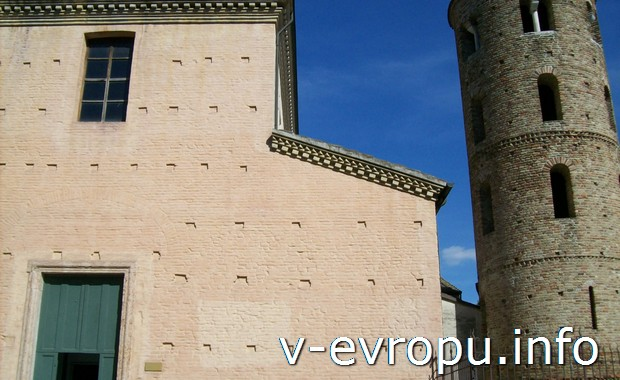 Романская базилика в Равенне (Италия)