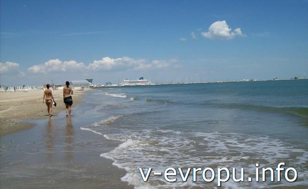 Июле-августе в Италии лучше всего проводить свой отпуск на морском побережье. Например, в  Равенне