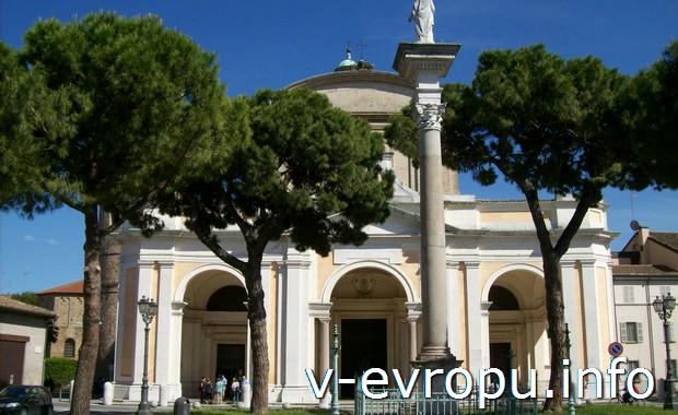 Что делать в августе в Италии? Ходить по музеям?