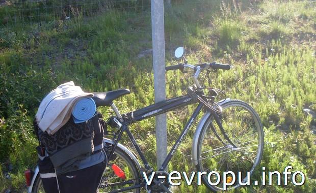 Велосипед, снаряженный для путешествия