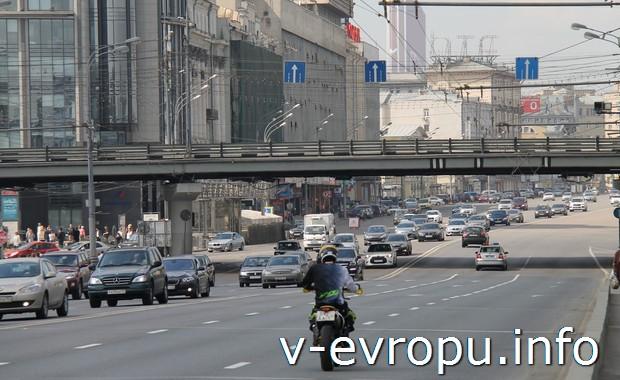 Московские улицы не обустроены для велосипедистов