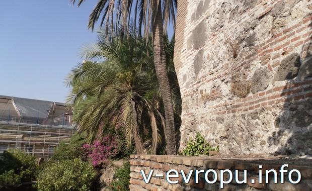 Древняя крепость в Малаге