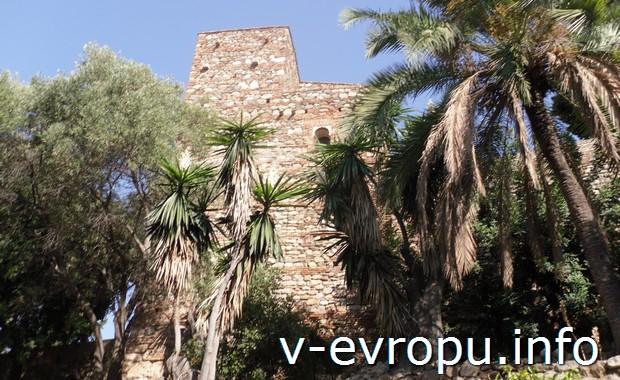 Старинная крепость в Малаге