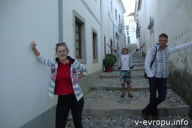 Узкие улочки португальских городков