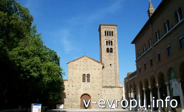 Церковь в городе Равенна на побережье Адриатического моря