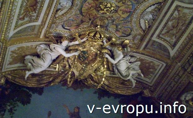 В парижском Лувре