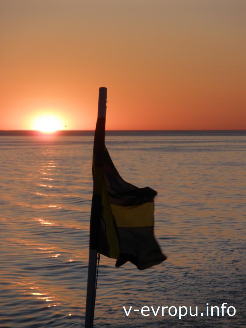 На обратном пути в Таллин насладитесь видами заката солнца