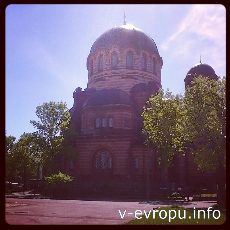 Первый камень фундамента Воскресенского собора заложен императором Александром III