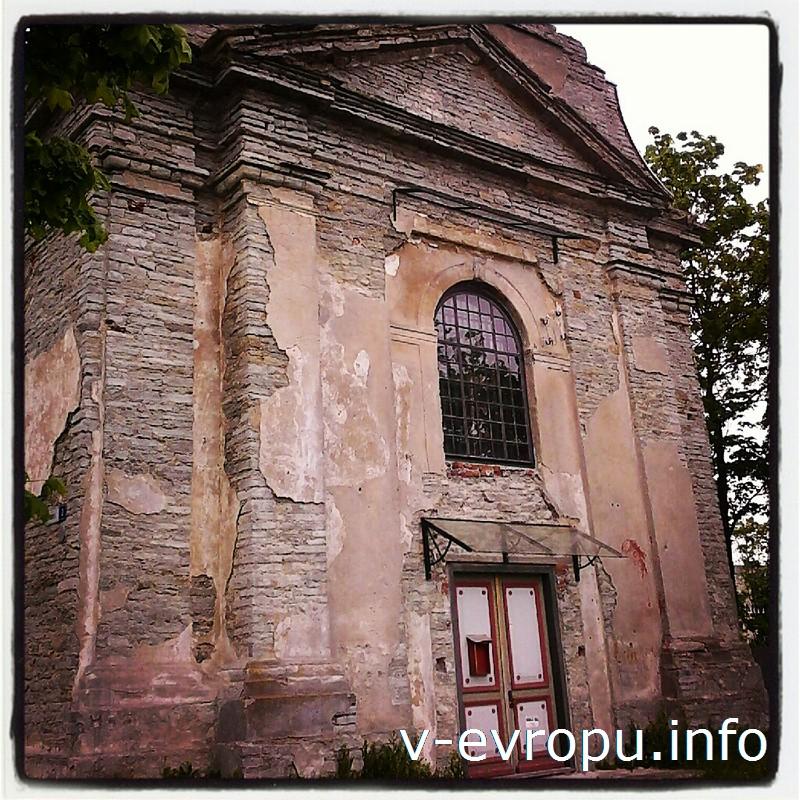 Православная каменная церковь Святого Георгия в Палдиски