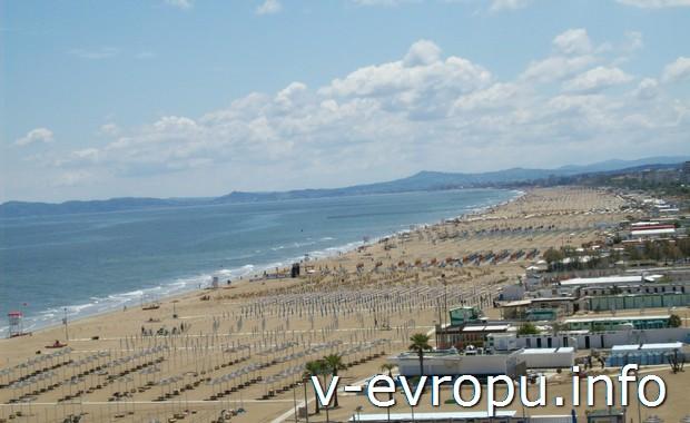 Пляжи Адриатики в итальянском городке Римини