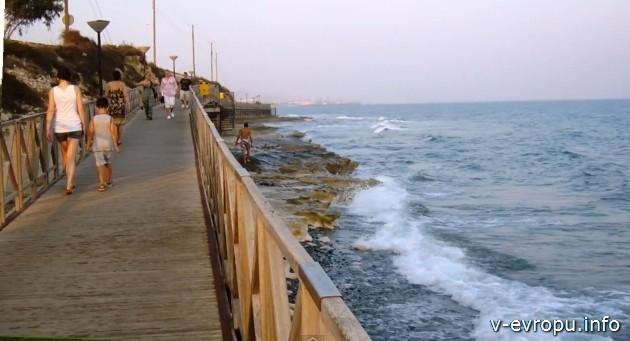 Кипр. Набережная Лимассола