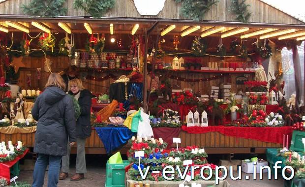 Рождественский базар в Дюссельдорфе