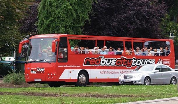 Экскурсионный автобус Red Bus в Вене
