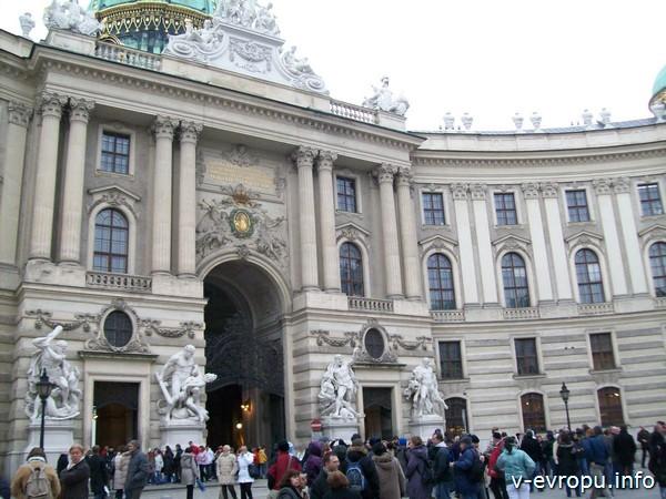 Достопримечательность Вены на обзорной автобусной экскурсии
