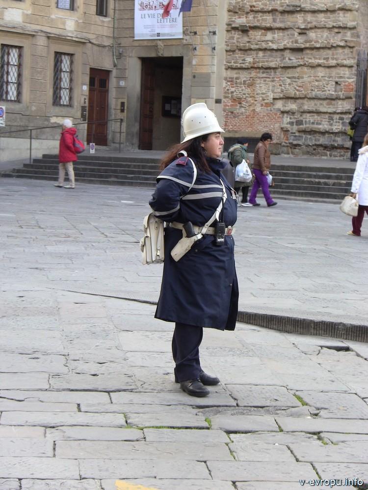 Полицейские во Флоренции