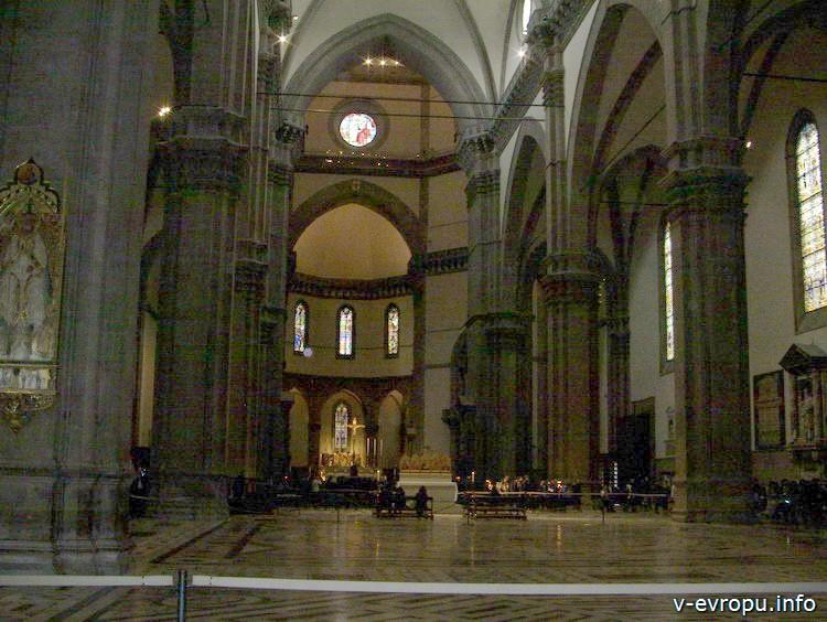 Центральный неф Santa Maria del Fiore