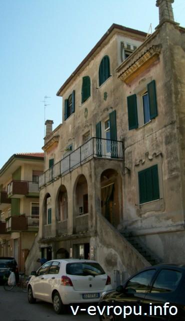 Пескара. Старинное здание