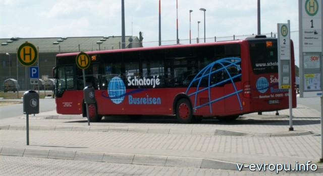 Аэропорт Дюссельдофа Вееце Weeze - автобусная остановка
