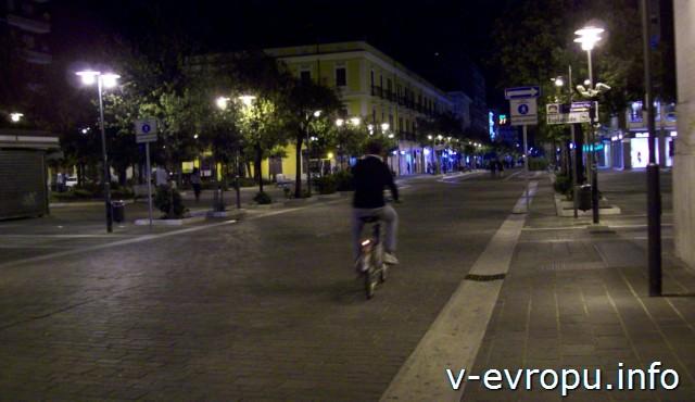 Улицы Пескары ночью