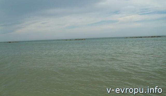 Пескара. Море после дождя