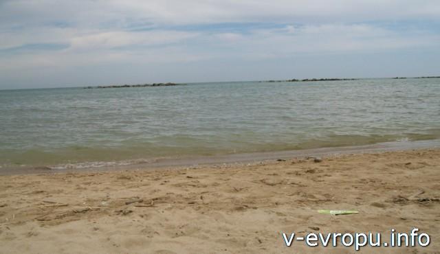 Море и пляж. Пескара