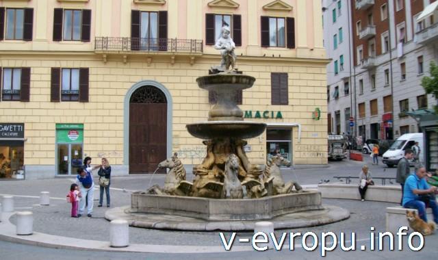 Фонтаны Анконы: фонтан Кавалли на пьяцца Рома