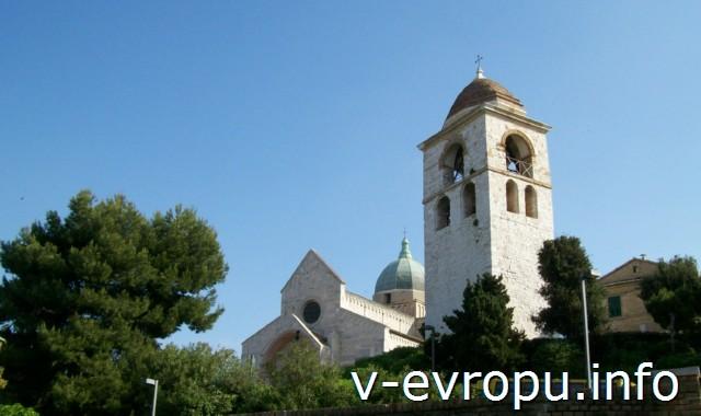История Анконы. Кафедральный собор города построен не месте языческого храма