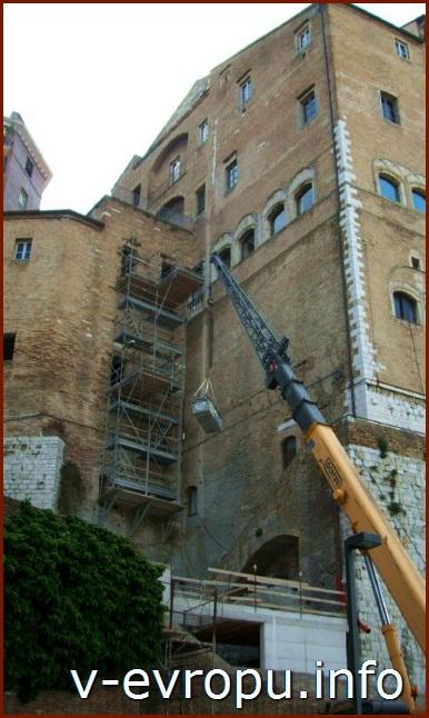 Анкона. Реконструкция старых зданий