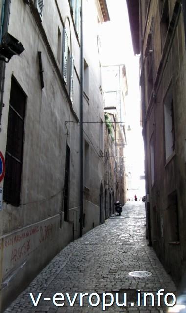Улицы Анконы. Фото. Улица Больдо в центре города