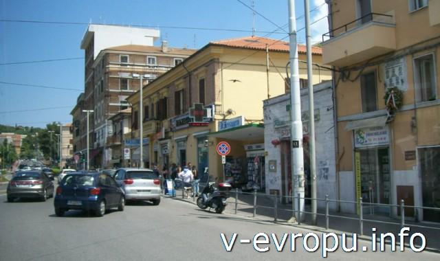Улицы Анконы. Фото. Района Лаццаро