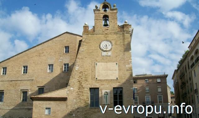 Достопримечательности Анконы: Palazzo degli Anziani