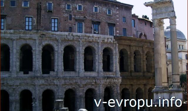 Театр Марцелла в Риме