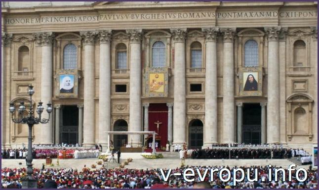 ДОстопримечательность Ватикана: воскресная проповедь Папы Римского