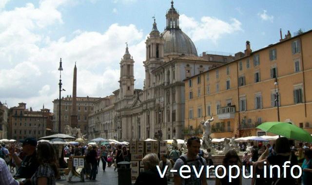 Рим: Церковь Сант Аньезе ин Агоне на пьяцца Навона
