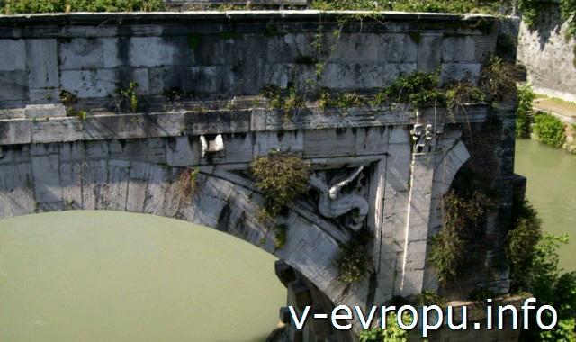 Рим. Самый старый каменный мост: Мост Эмилио