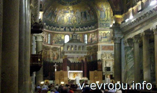 Апсида главного алтаря церкви Святой Марии ин Трастевере в Риме